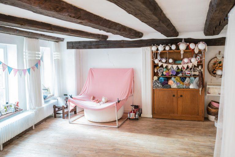 Fotostudio in Bremen perfekt ausgestattet für Neugeborenenfotos und Familienshootings