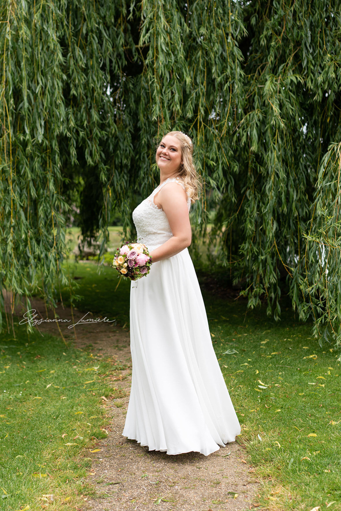 Hochzeitsfotograf Bilder der Braut Vinatgekleid Visbek