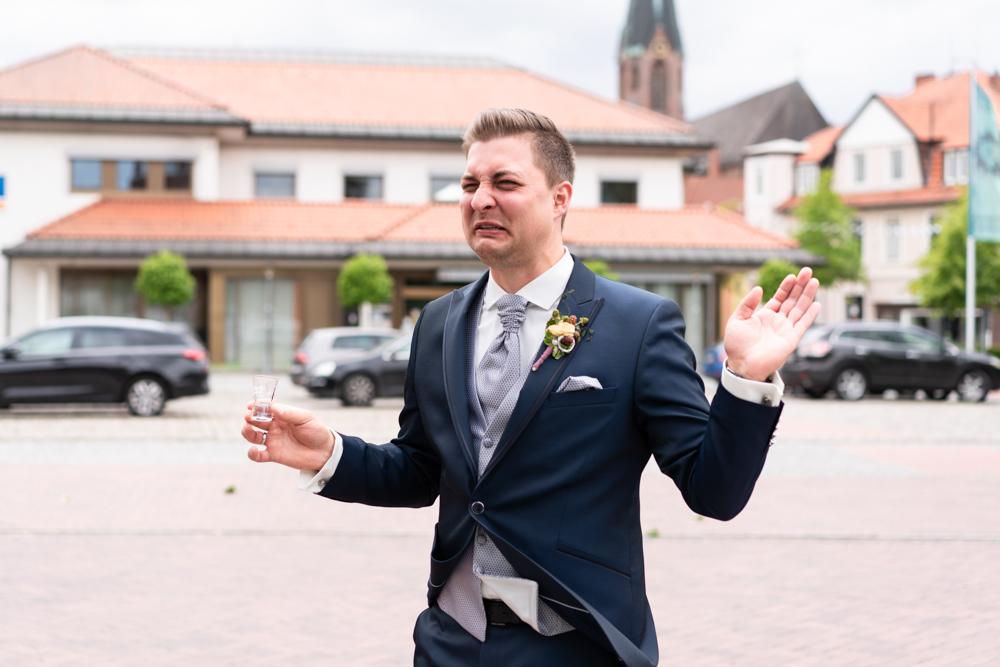 Der Schnaps auf einer Hochzeit