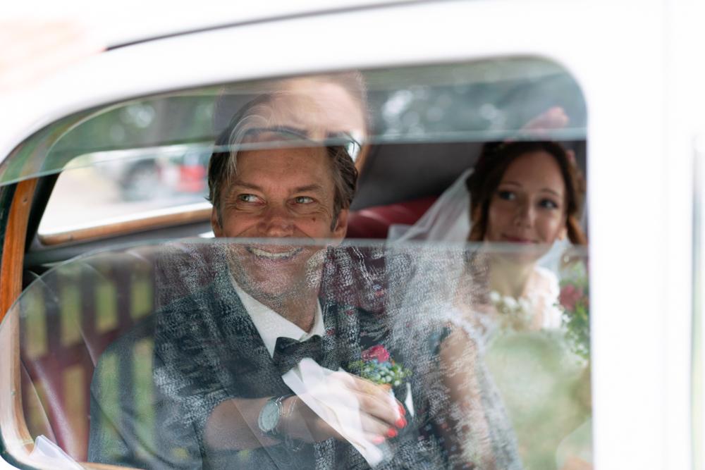 Hochzeitsfotos im Oldtimer - Hochzeitsfotografin für Bremen