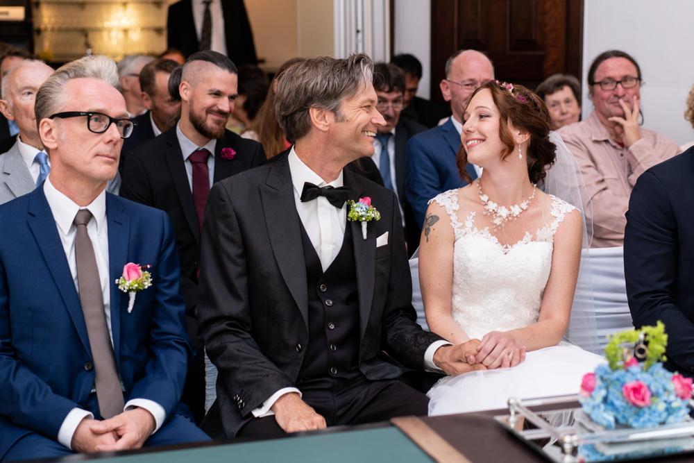 Standesamtliche Trauung im Lür-Kropp-Hof Bremen mit Hochzeitsfotograf
