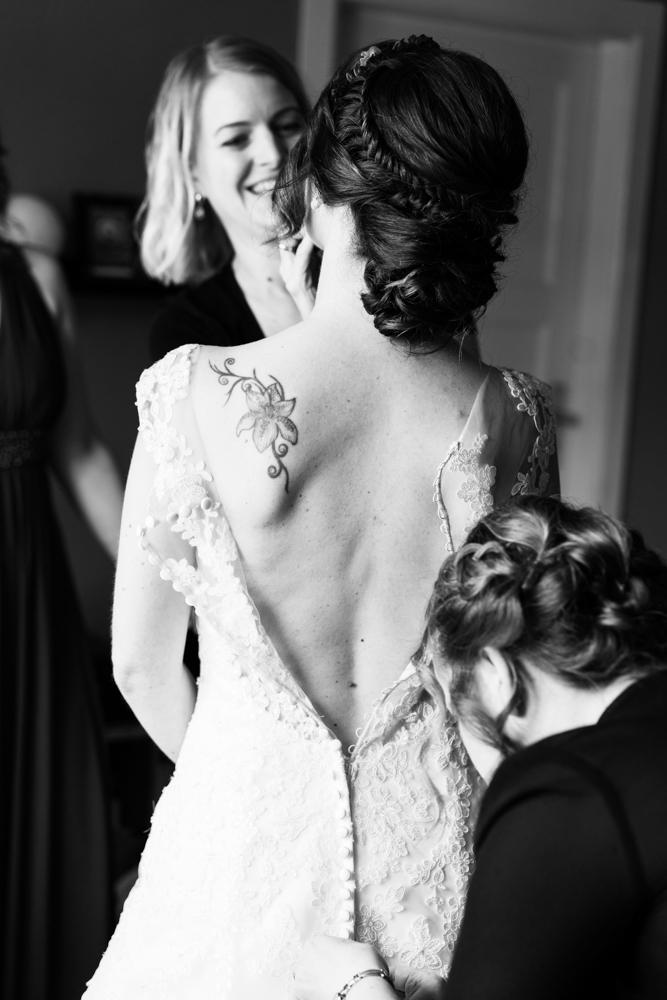 Getting Ready mit Visagistin und Hochzeitsfotograf in Bremen