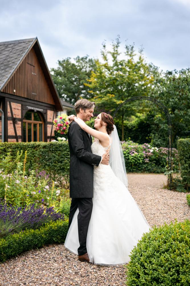 Hochzeitsfotos im exklusiven Stil I Elysianna Lumière Photography Bremen