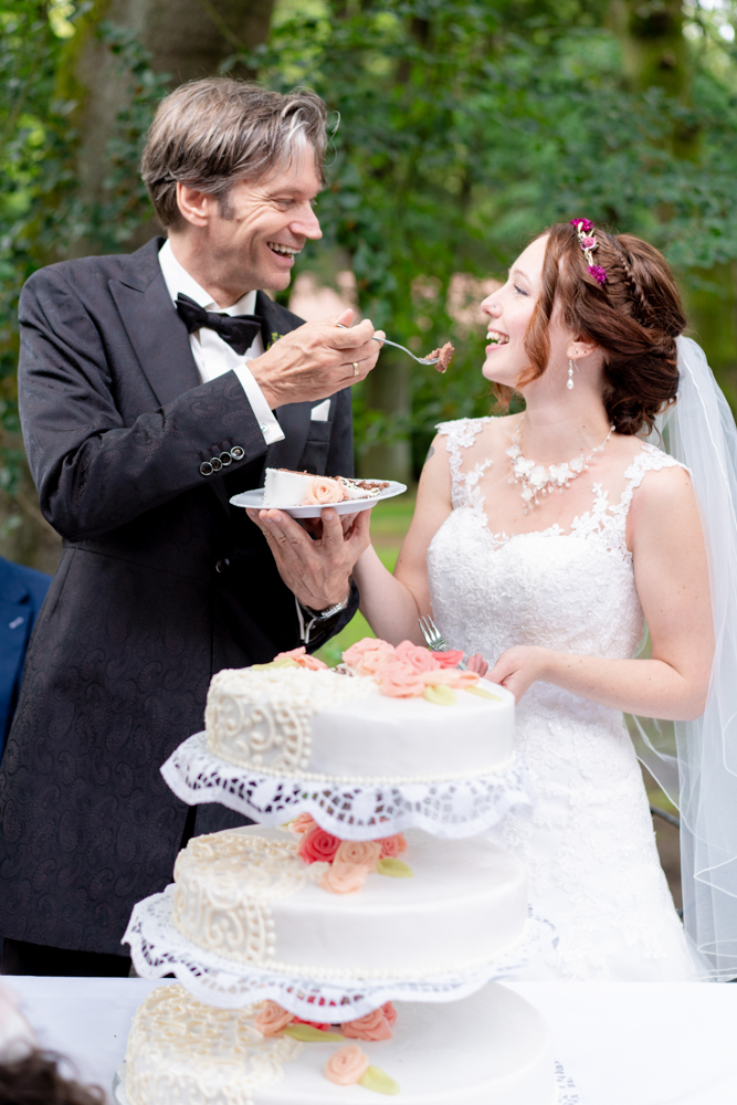 Hochzeitsreportage vom Profi - Anschnitt der Torte
