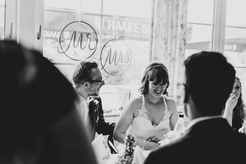 Hochzeitspaar Hochzeitsfotografie Bremen stimmungsvolle Fotos
