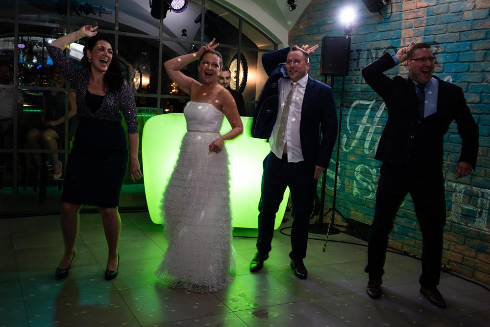 Eröffnungstanz mal anders Hochzeitsfotografin Bremen Oldenburg Verden