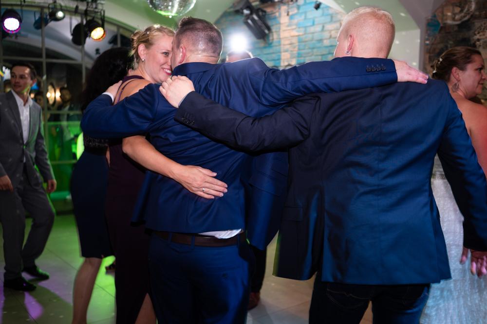 Reportage mit Partyfotos vom Hochzeitsfotograf Bremen Schnoor Eleven
