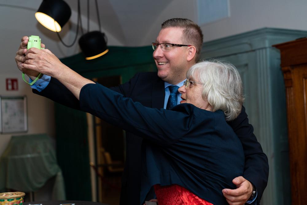 Polaroid Selfie auf der Hochzeitsfeier Hochzeitsfotografin Bremen