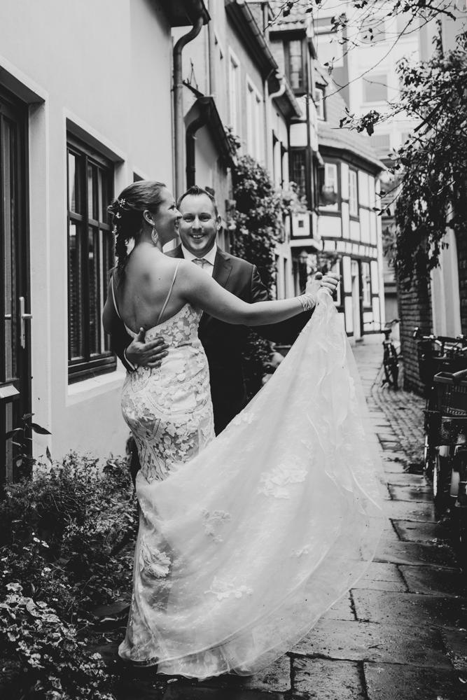 Ein Tanz im Schnoor Hochzeitsfotos Bremen