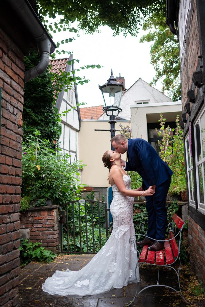 Hochzeitsfotograf Bremen Paarfotos im Schnoorviertel