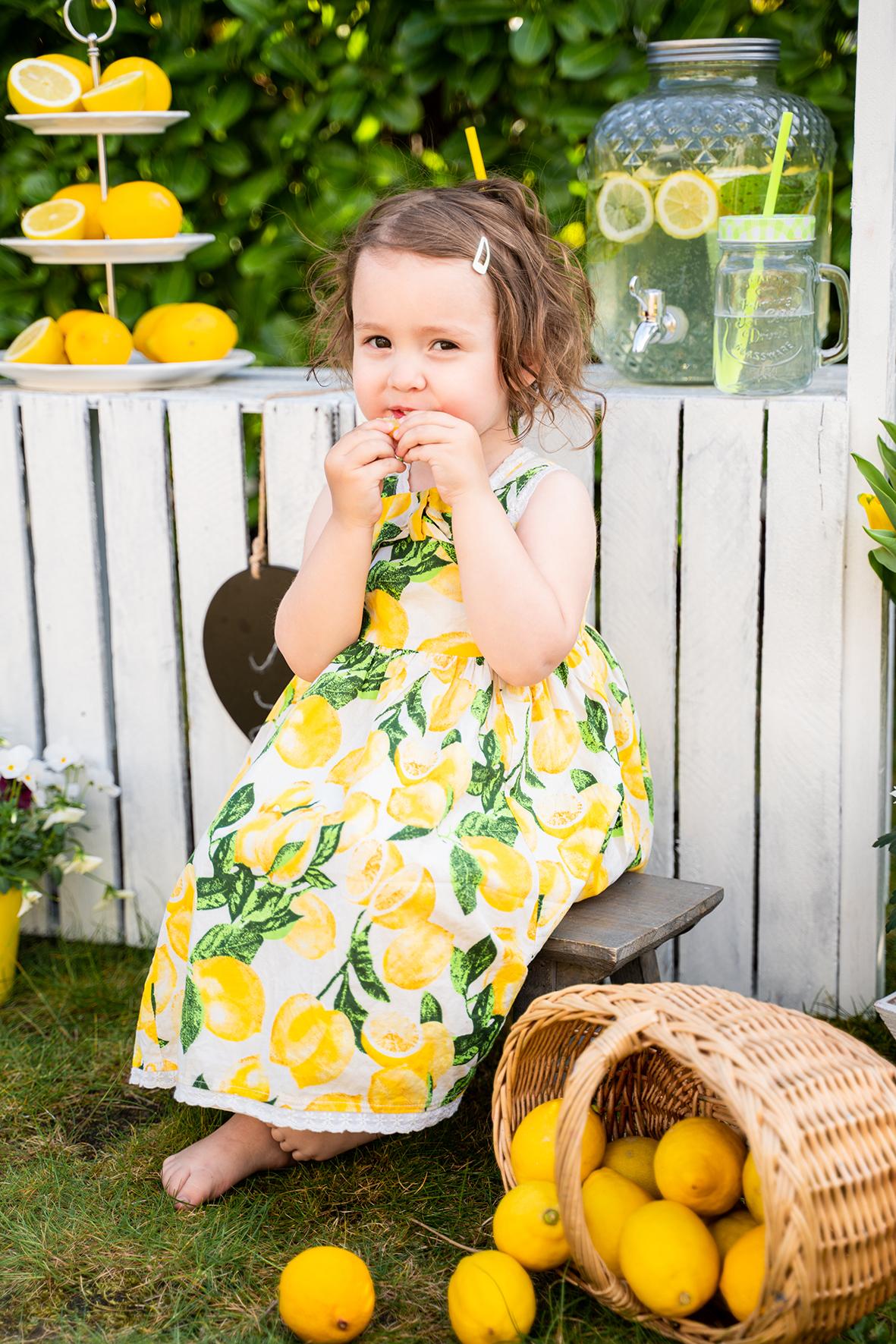 Gartenshooting in Lilienthal Corona Fotoshooting mit dir Limonadenstand Fotoaktion Bremen