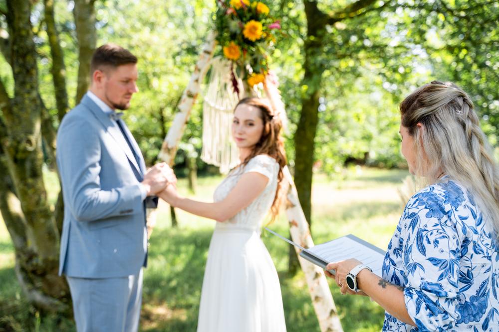Rednerin bei der freien Trauung Bremen Hochzeitsfotos Lilienthal