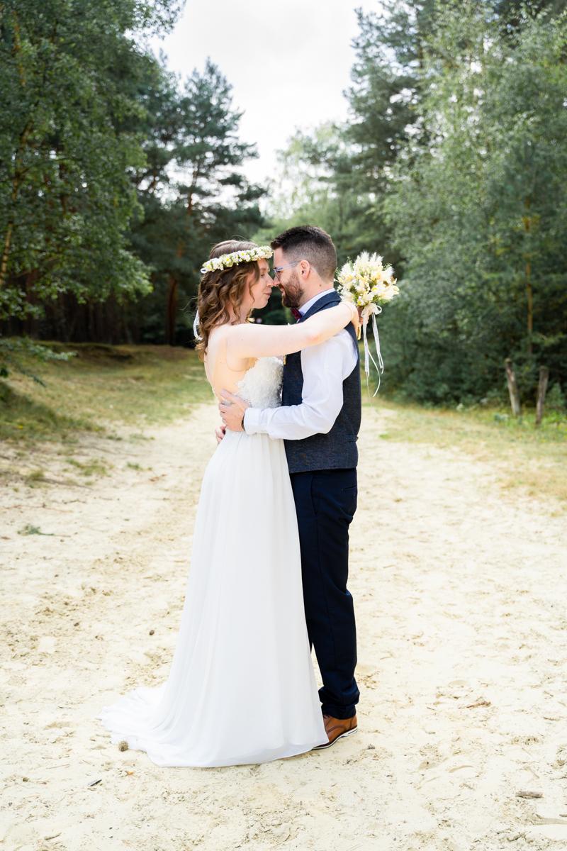 Brautpaarshooting und en Sanddünen Hochzeitsfotograf Bremen Bassum