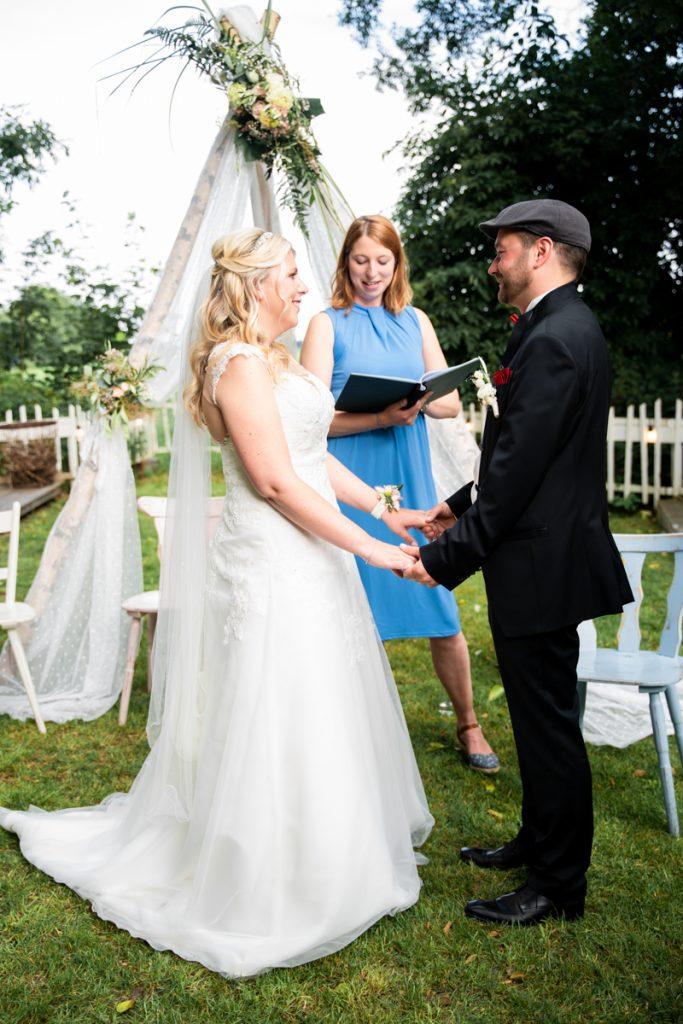 Freie Trauung mit Rednerin Nordlicht Trauungen Hochzeitsfotograf bremen