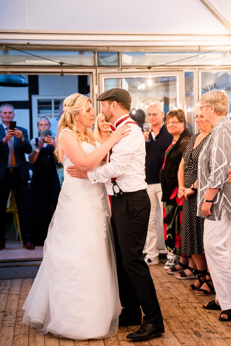 Eröffnungstanz Hochzeitsfotograf Bremen Hochzeitsfotos