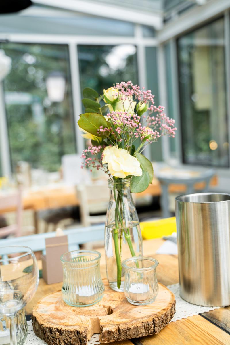Blumendekoration bei der Hochzeitsfeier Reportagefotos Bremen