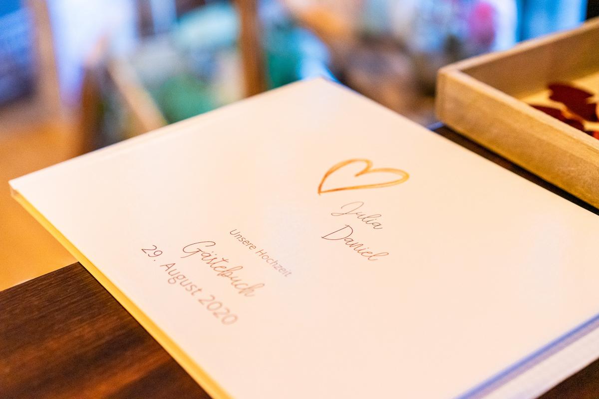 Gästebuch bei der Hochzeitsreportage Bremen