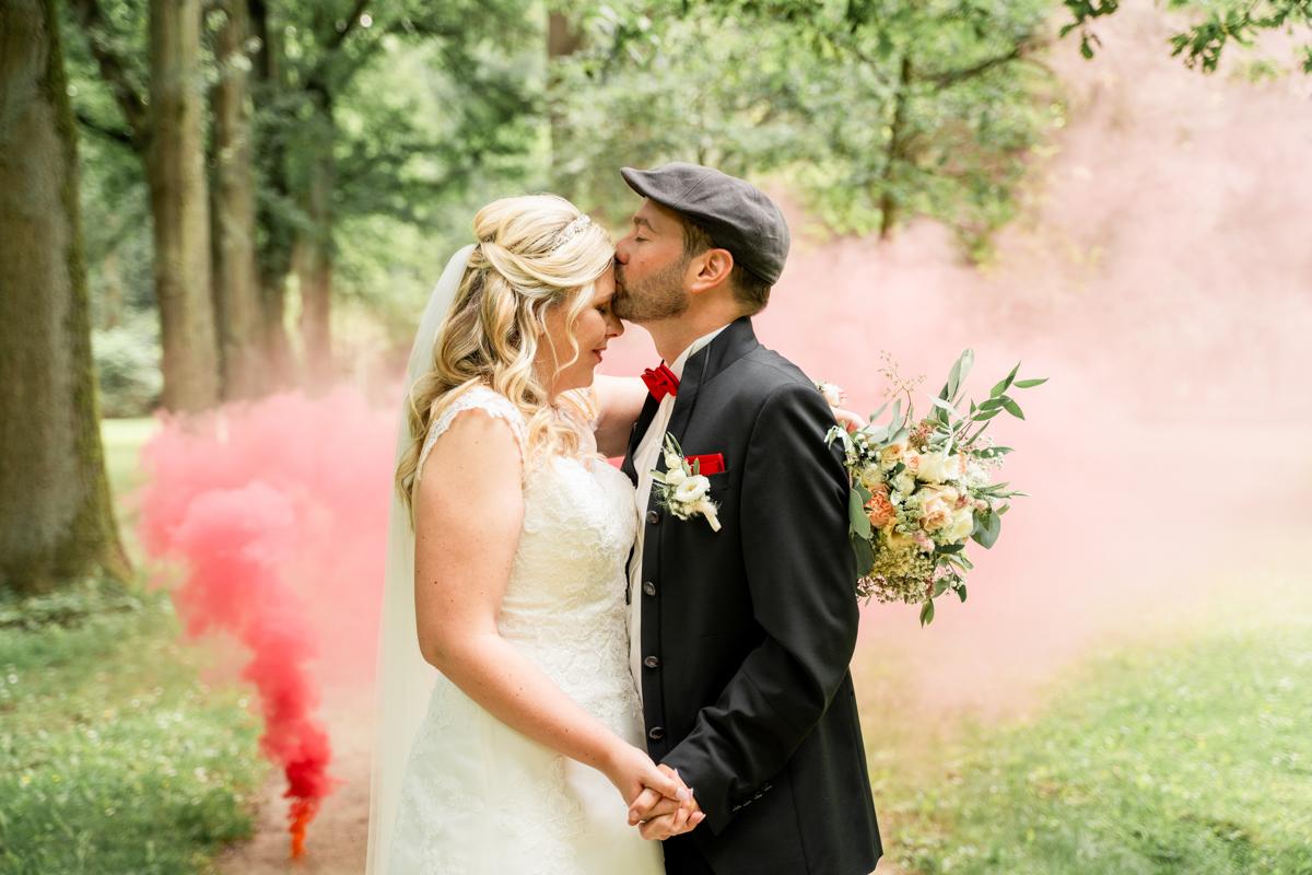 Hochzeitsfotos mit Rauchbombe Hochzeitsfotograf Bremen