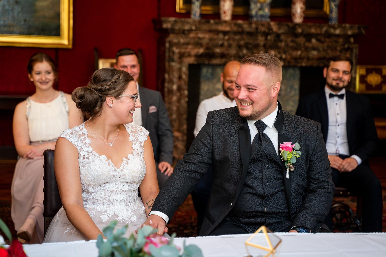 Hochzeitsfotos im Rathaus Bremen Trauzeremonie Standesamt