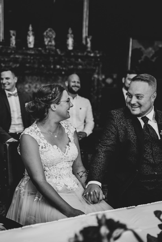 Trauung im Trausaal des Rathauses mit Hochzeitsreportage Fotografin Bremen