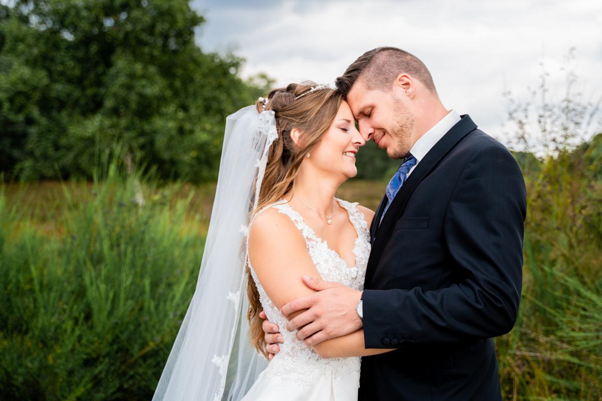 Sommerhochzeit Hochzeitsfotos in der Heide Hochzeitsfotografin Bremen