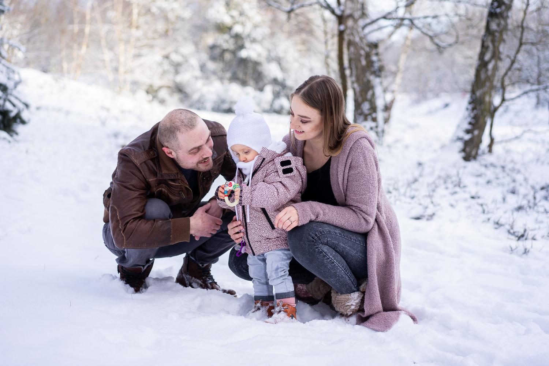 Gemeinsame Familienfotos Fotografin bremen Schneeshooting