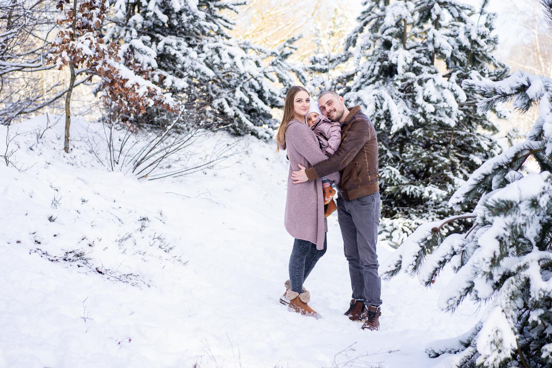Familienfotos im Schnee Fotografin für Kinder in Bremen