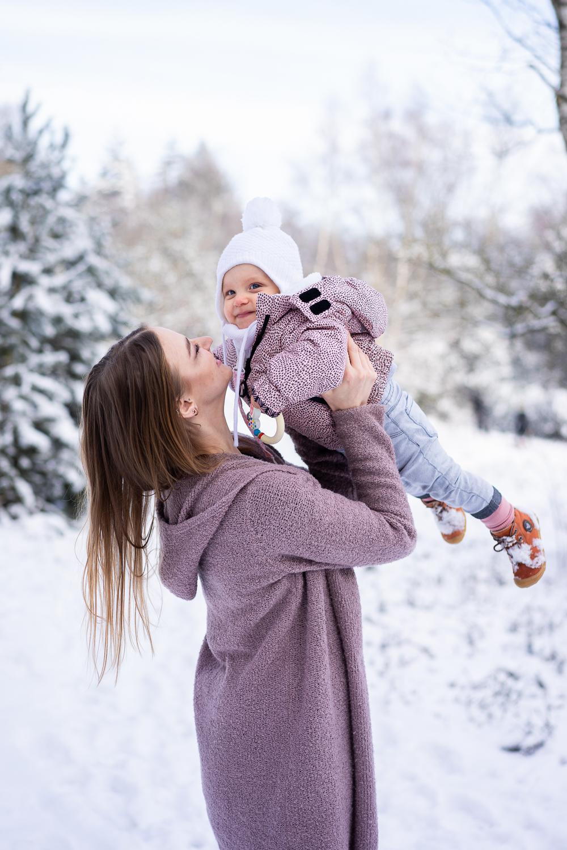 Familienfotos mit Kleinkind im Winter Fotografin Bremen