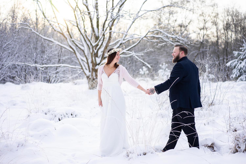 Hochzeitsfotos Bremen Fotografin für Winterhochzeiten im Schnee