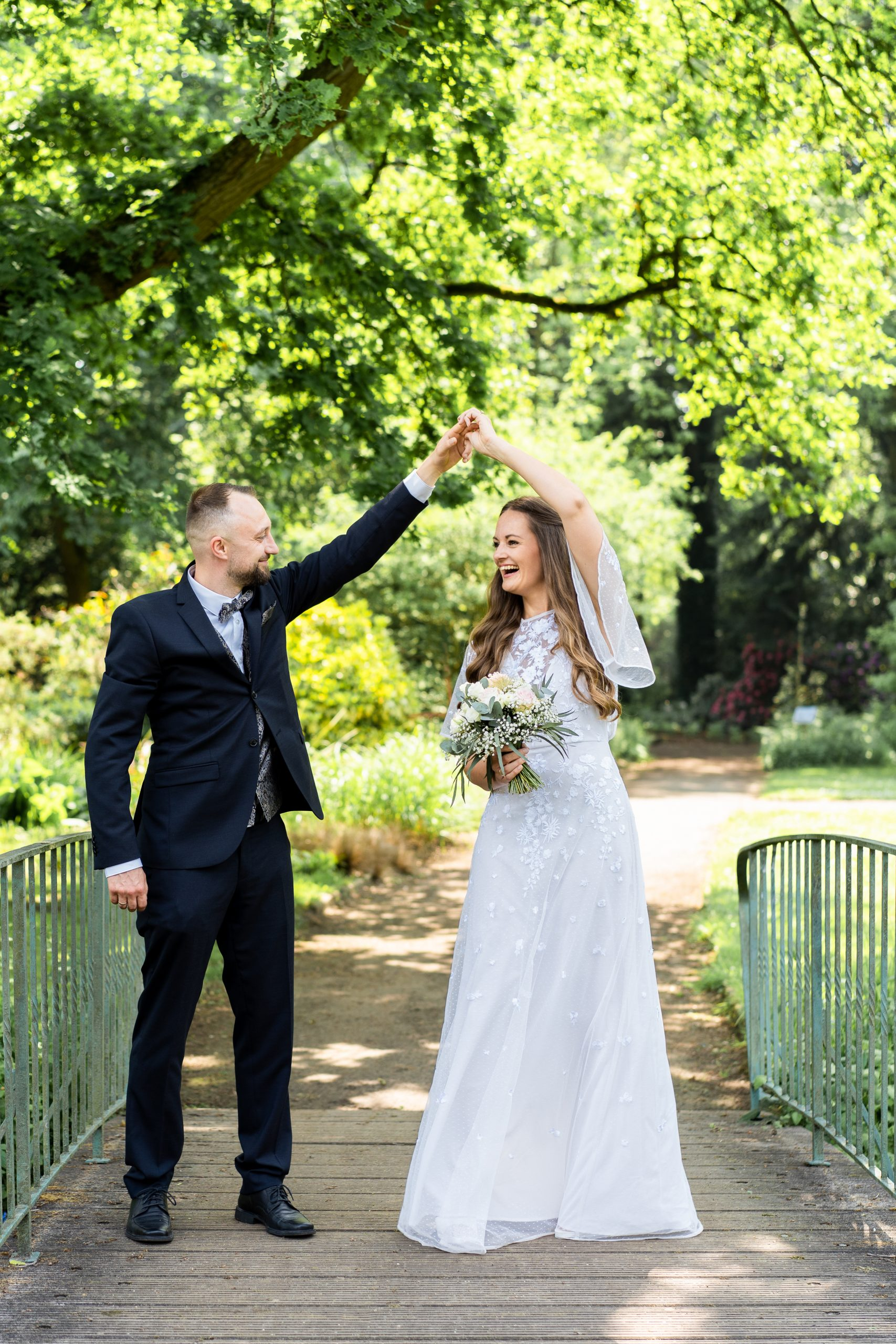 Park Hochzeit Hochzeitstanz Rhododendronpark Hochzeitspaar Bremen