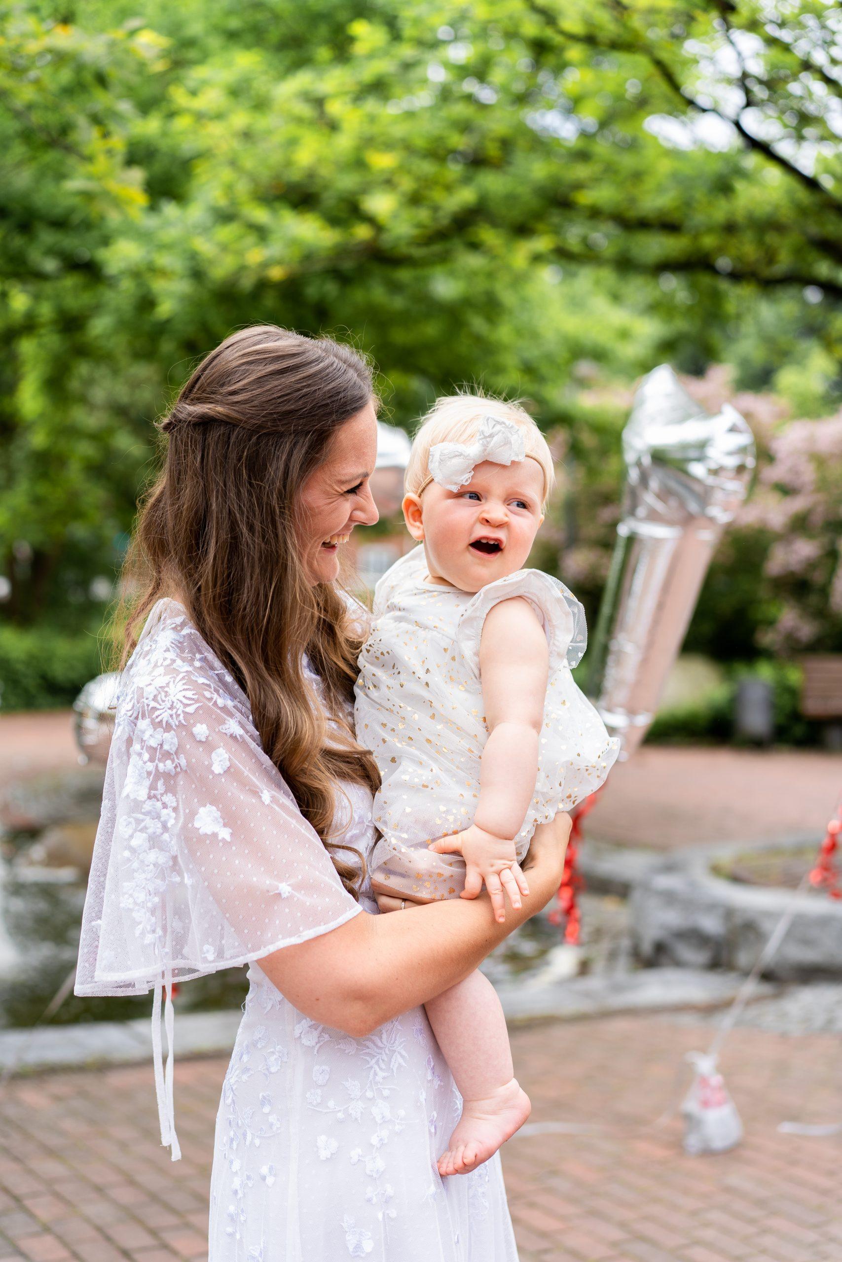 Braut Hochzeit Glücksmoment Kind Baby Hochzeitsbilder Weyhe